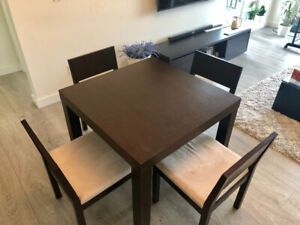 Moe's dining table with 4 chairs