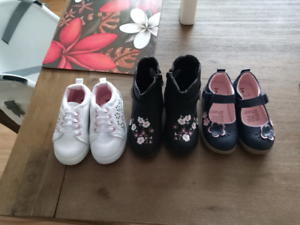 Toddler shoes size 6 ($25 for the lot)