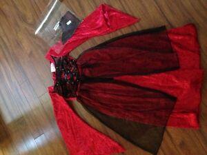 Vampire Dress----size 7/8