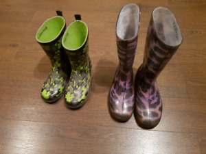 GIRL'S SIZE 1 & BOY'S SIZE 12 RAIN BOOTS AVAILABLE