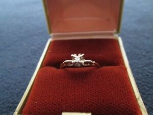 Ladies' 14 kt. Gold Engagement Ring With Smaller Diamond