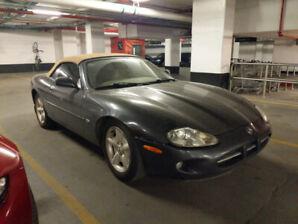 1997 Jaguar XK8 décapotable - pour raison de succession