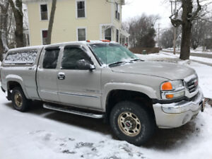 2006 GMC 2500 truck for sale