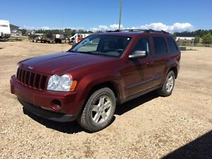 **LOW KMS** 2007 Jeep Grand Cherokee 4X4
