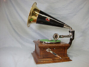 Phonograph Gramophone Victrola Record Player