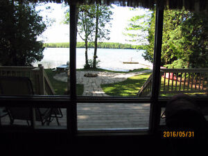 Absolutely Beautiful Waterfront Home-2 hrs from Grand Bend