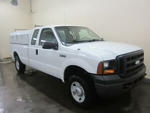 2007 Ford F-250 XL Supercab 4x4 With Service Body Edmonton Edmonton Area image 3