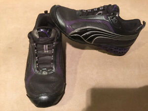 Women's Puma Cell Running Shoes Size 9.5 London Ontario image 8