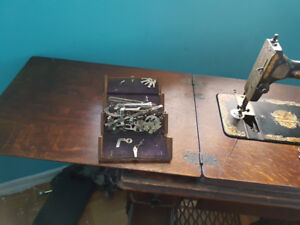 Antique sewing machine and matching antique sewing box