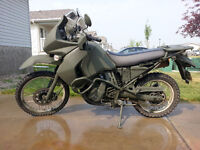 "2008 Kawi KLR650 with Custom ""Olive Drab"" Military Green Paint!"