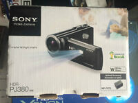 Sony HandyCam 1080p @ 60fps PROFESSIONAL QUALITY