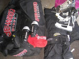 Hockey bag with skates and Child protect gear For Sale