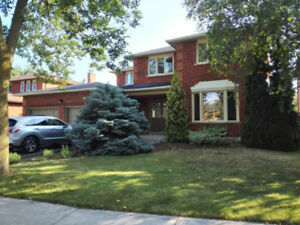 East Oakville(clearview) 2 bedroom apartment for rent excellent