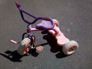 Little kids tricycle