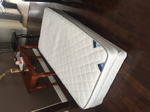 Single bed for sale!!