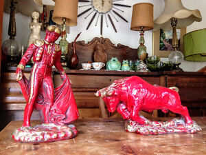 1960s MID Century Modern Red Ceramic Pottery Matador Bull Fighte West Island Greater Montréal image 3