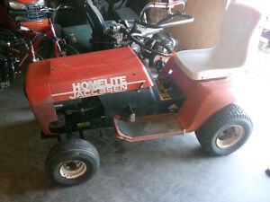 Ride on tractor Lawntractor Runs great Go cart.