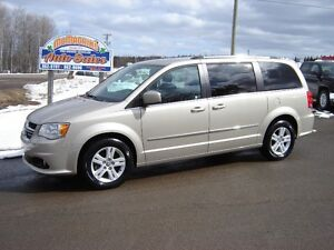 2016 DODGE GRAND CARAVAN***CREW***HEATED SEATS***33500KM***