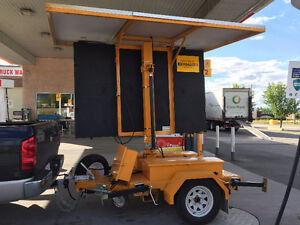 Solar Powered Hydraulic Trailer Mounted Construction Sign Yellowknife Northwest Territories image 4