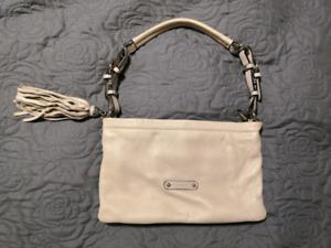 Beige small Danier leather purse. Like new!