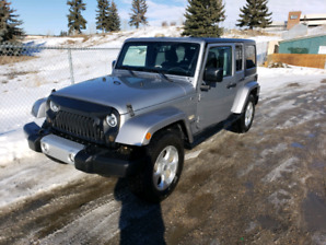 JEEP WRANGLER 2015 WITH LOADS OF UPGRADES