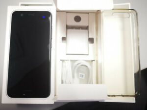Huawei P10 like new with original box, charger, headphones
