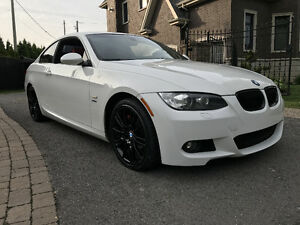 2009 BMW 3-Series 335i xDrive M Package Coupe (2 door)