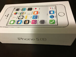 iPhone 5s Silver 16GB FIDO - Brand new - unopened