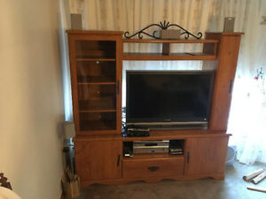 MEUBLE TELE AUDIO LIVRES DVD / TV STAND & BOOKS DVDS