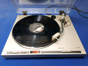 Pioneer PL-200 Turntable
