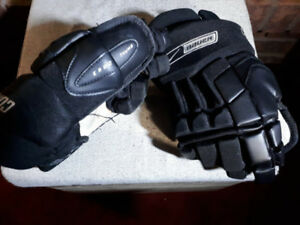 """Great little Hockey Gloves - Bauer Supreme Comps. 12"""" Youth"""