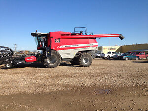 For Sale 2010 MF 9895 Combine