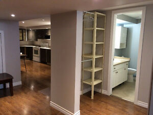 BASEMENT ROOMS FOR STUDENT/ YOUNG PROFESSIONAL London Ontario image 2
