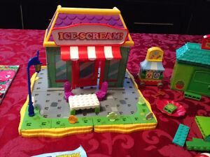 MOSHI MONSTERS MEGABLOKS West Island Greater Montréal image 3