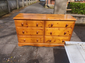 32. Solid pine 6 drawer chest