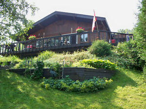 3 bedroom cottage with sandy beach in Temagami, Ontario