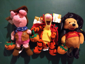 Winnie The Pooh - Set of 3 Halloween characters - 1990s