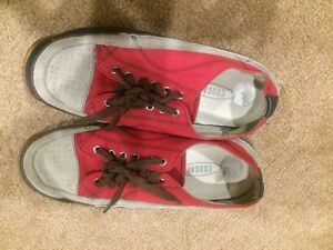 Women's Cougar shoes size 7