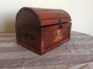 Pirate chest with carving glowing in the dark