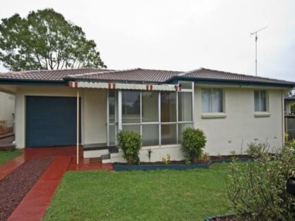 Urgent lease take over - $315wk FIRST WEEK HALF PRICE Centenary Heights Toowoomba City Preview