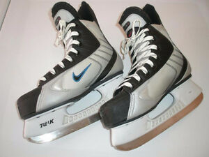 Boy's, Men's, Ladies Ice Skate Used in Good Condition, 8J to 10