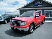 2010 GMC Sierra 4x4, 66,000km LOADED AND INSPECTED
