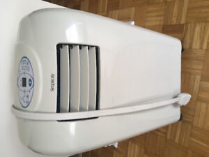 Air conditioner Danby and dehumidifier