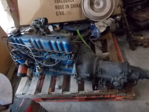 moteur ford  6 cylindre 1969