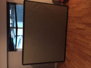 Box Spring - Queen Size *used for less than 1 year*