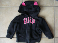 Girls Baby Gap Size 18-24 Month Fleece Sweaters