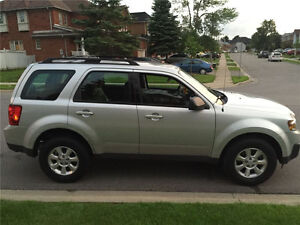 2009 Mazda Tribute GS SUV, Crossover Low Milage
