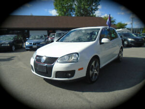 2009 Volkswagen Golf GTI, AUTO, LEATHER SEATS, MOONROOF!!!