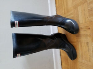 Hunter melrose tall wedge boots