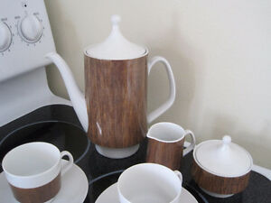 tea/ coffee set - made in Germany Kitchener / Waterloo Kitchener Area image 5